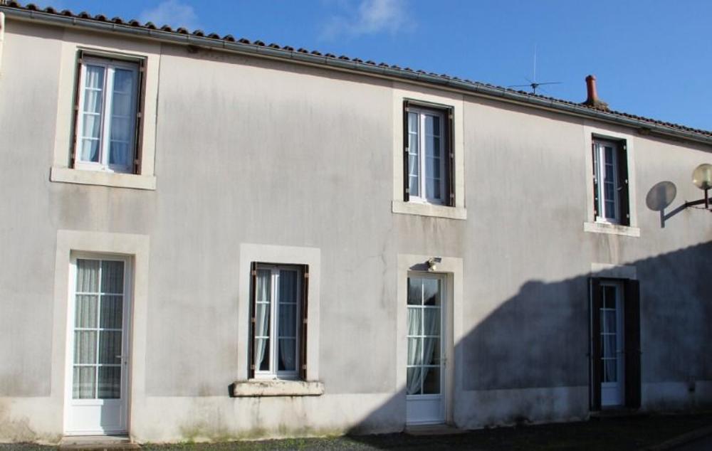 Saint-Cyr-des-Gâts Vendée huis foto 3378015