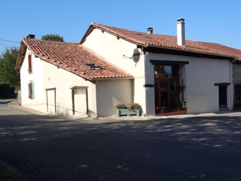 Chassenon Charente huis foto 4425261