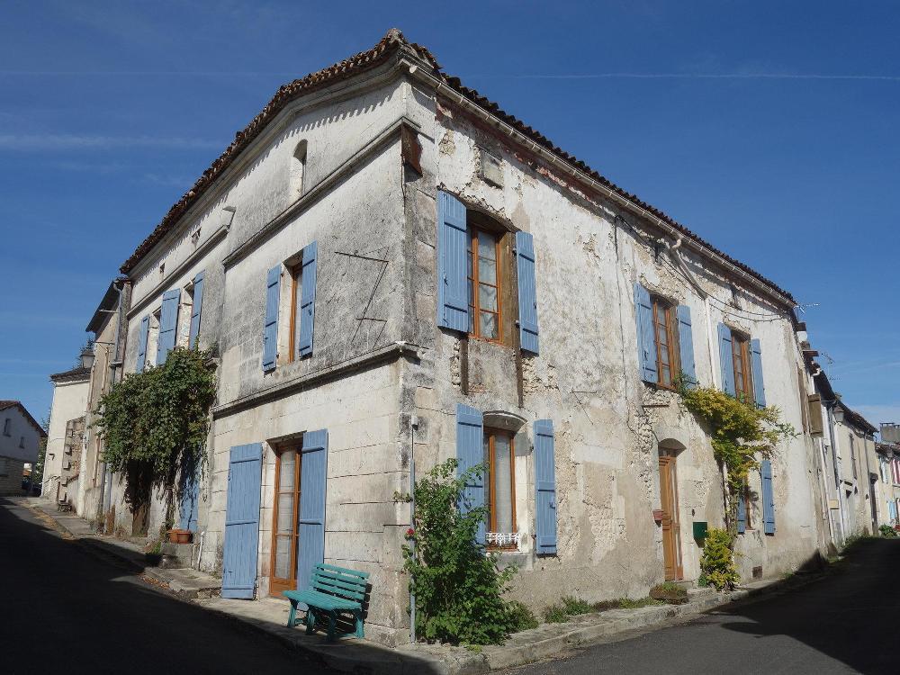 Salles-Lavalette Charente villa foto 4424284