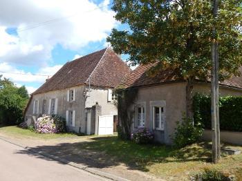 Châtillon-en-Bazois Nièvre vrijstaand foto