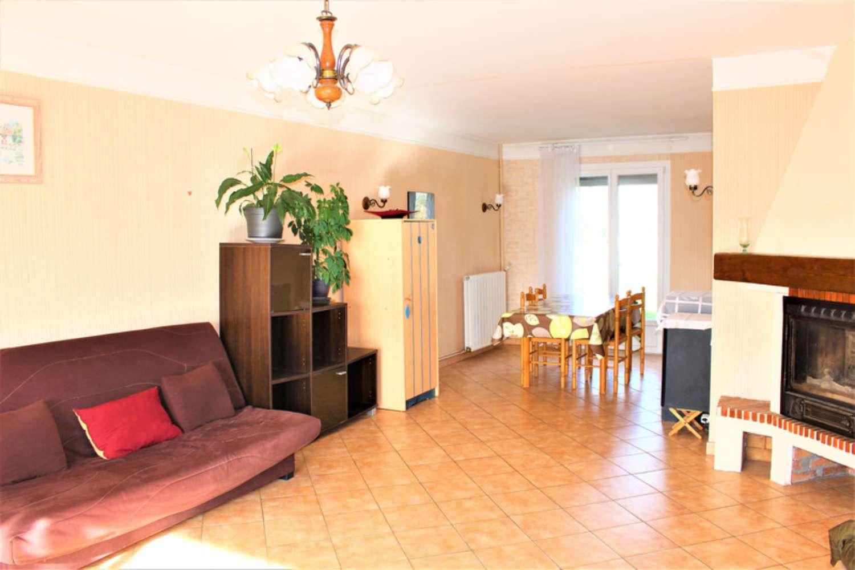 Saint-Germer-de-Fly Oise huis foto 4488817
