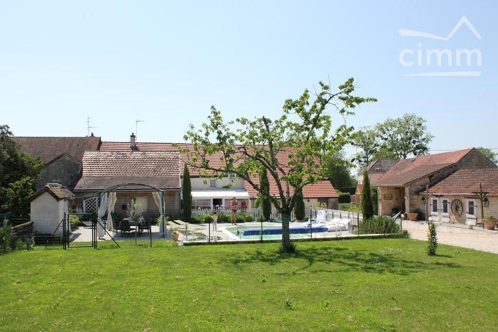 Ruffey-lès-Beaune Côte-d'Or huis foto 4489622