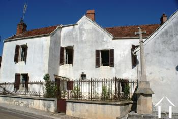 Perrigny-sur-Armançon Yonne maison de village foto