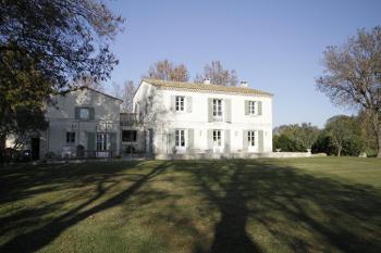 Arles Bouches-du-Rhône villa picture 4530410