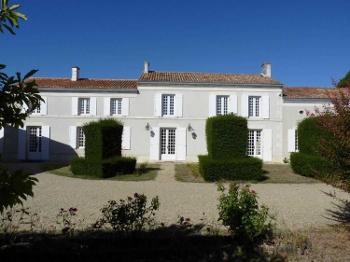 Surgères Charente-Maritime huis foto 4561347