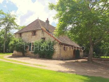 Cosne-Cours-sur-Loire Nièvre huis foto 4516387