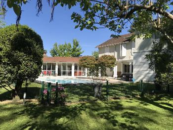 Pau Pyrénées-Atlantiques villa photo 4534009