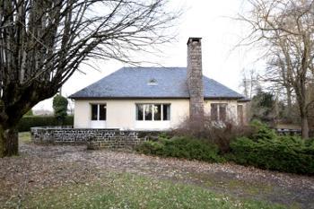 Pléaux Cantal huis foto 4573787