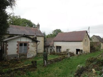 Teigny Nièvre vrijstaand foto 4514938