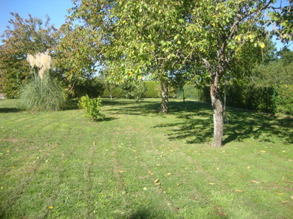 Villeneuve-la-Comtesse Charente-Maritime terrein foto 3472130