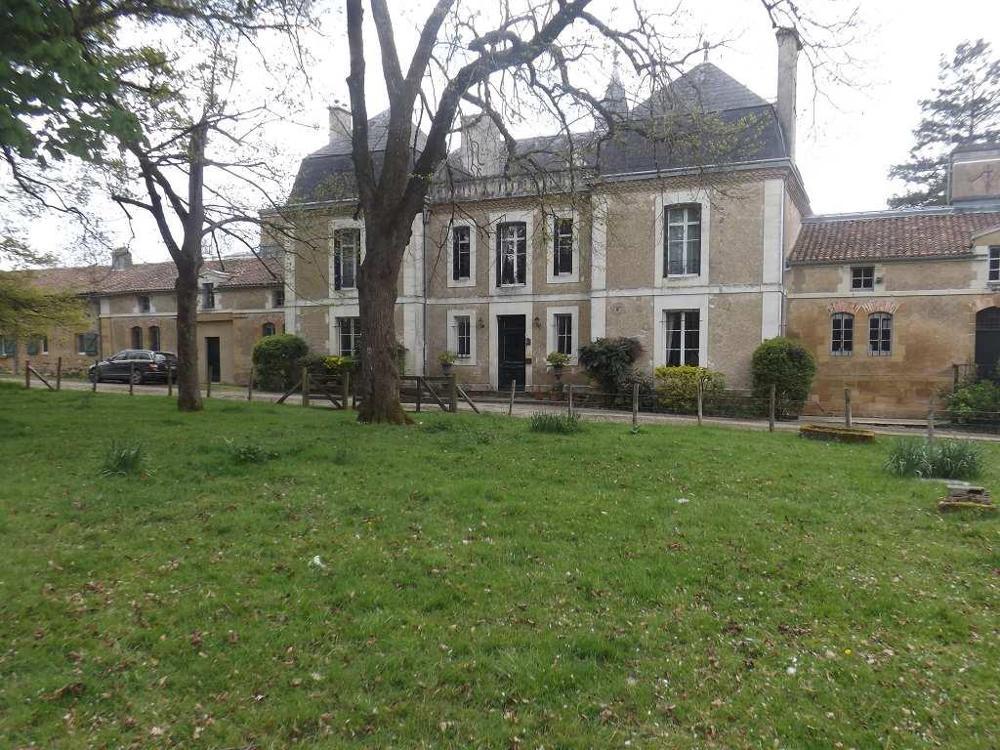 kaufen Landgut Pressac Poitou-Charentes 1