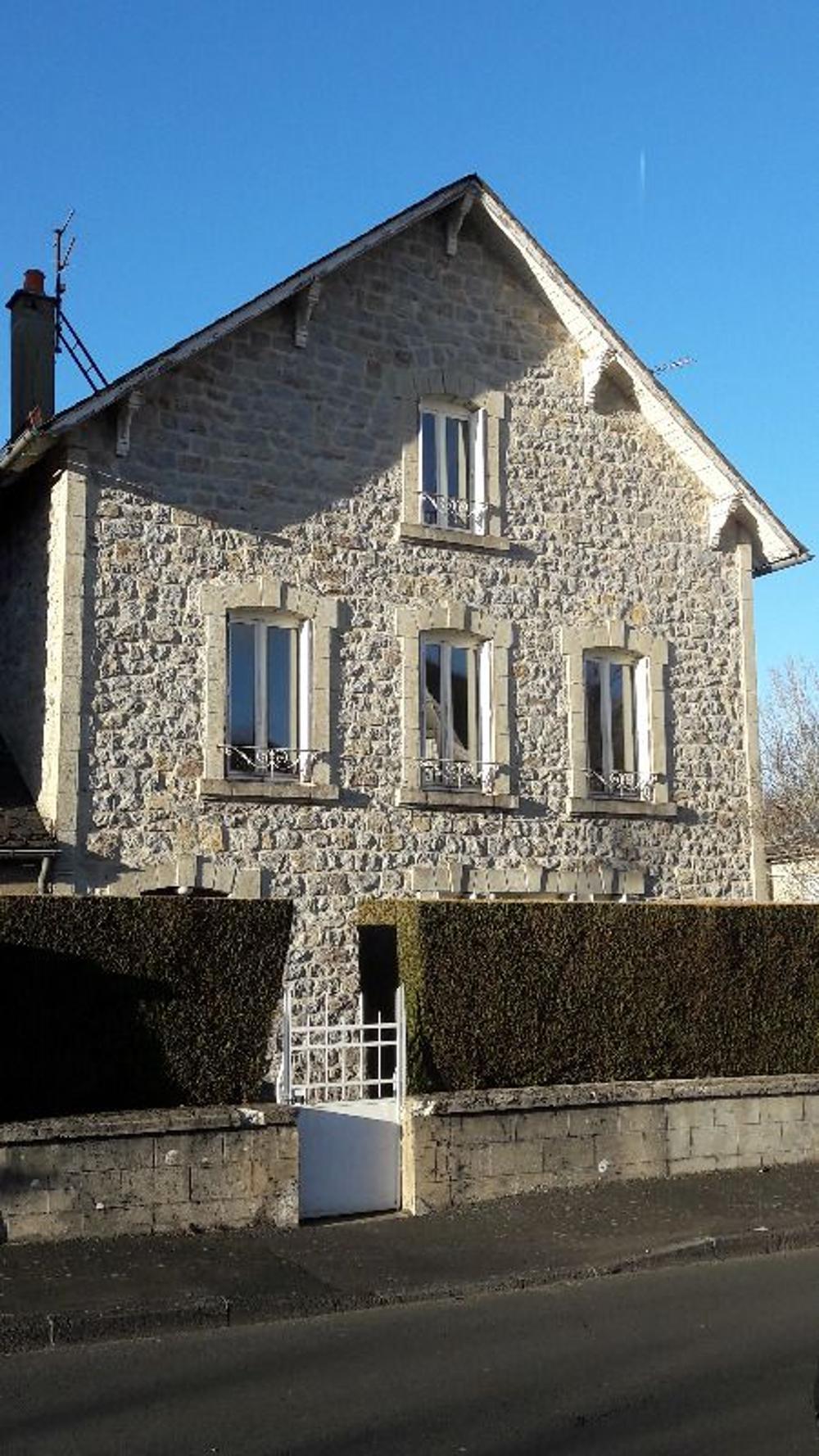 Riom-ès-Montagne Cantal maison photo 3466543
