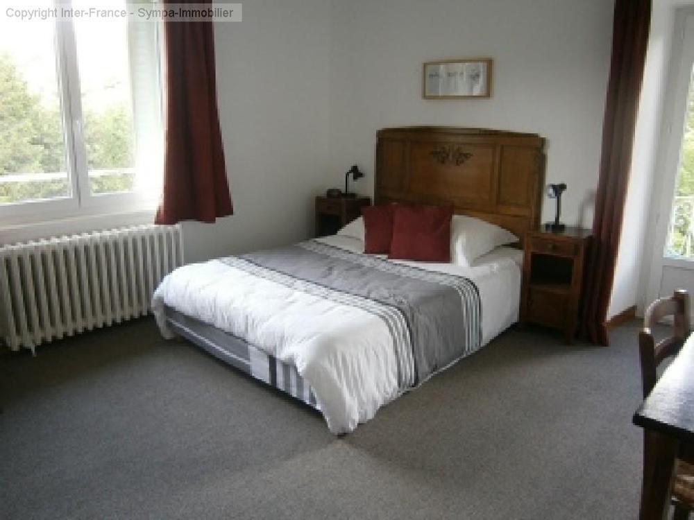 gîtes/ chambres d'hôtes à vendre Decazeville, Aveyron (Midi-Pyrénées) photo 6
