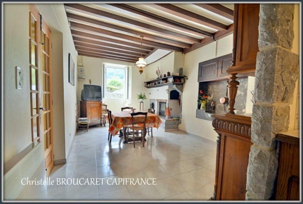 Lées-Athas Pyrénées-Atlantiques dorpshuis foto 3551274