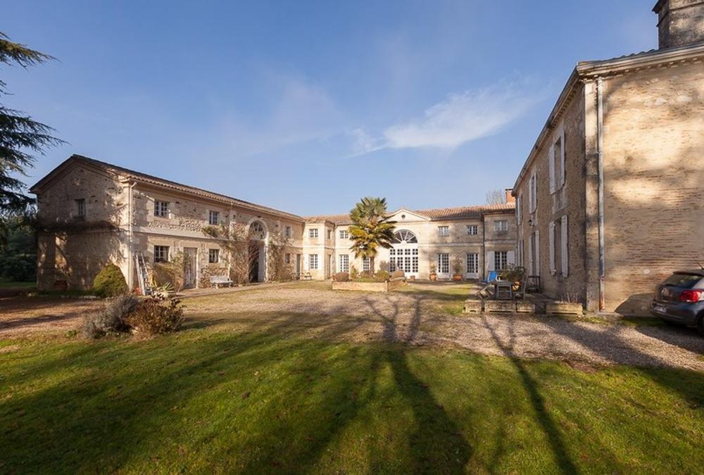Casteljaloux Lot-et-Garonne Schloss Bild 3613574