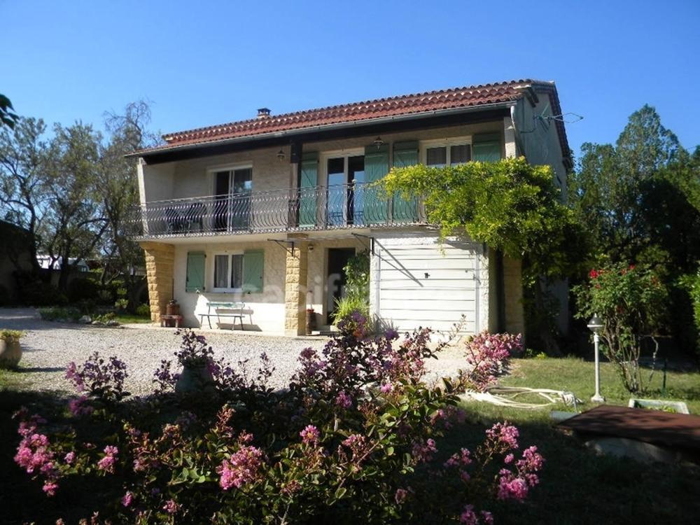 Roquemaure Gard Bauernhof Bild 3613783