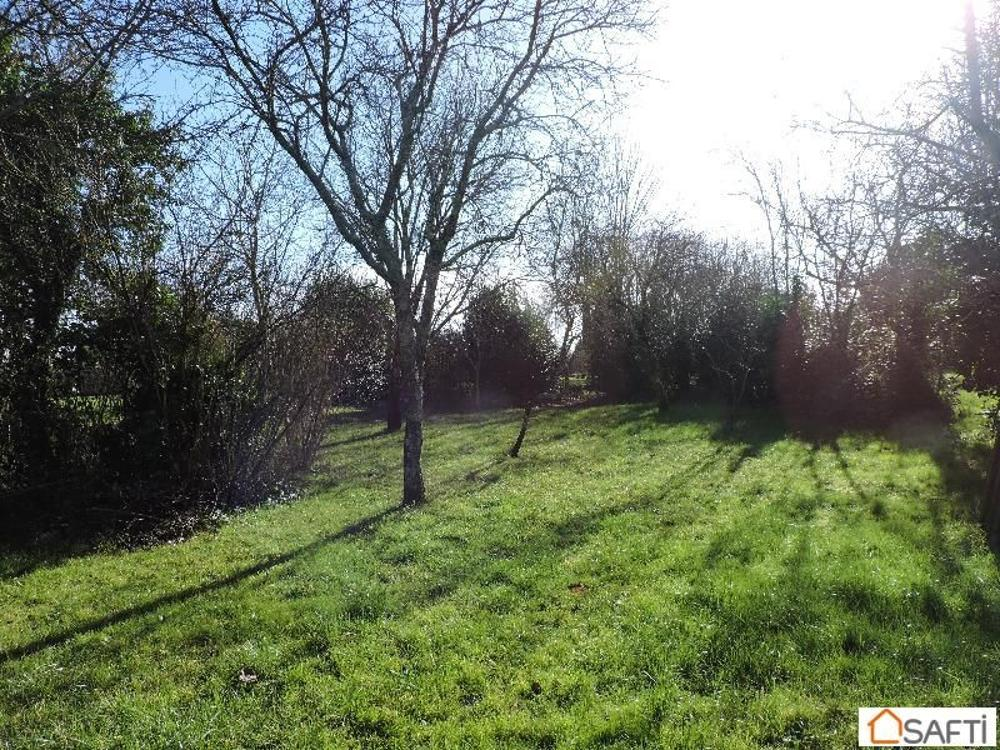 Saintes Charente-Maritime terrain picture 3675042