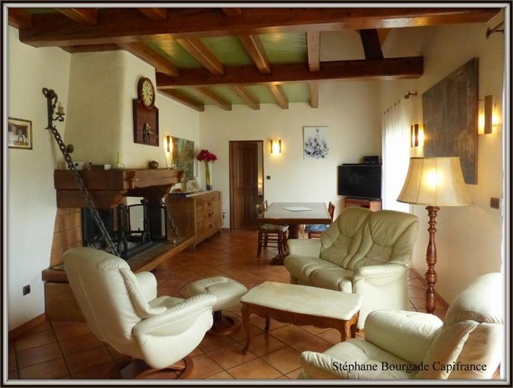 Bagnères-de-Bigorre Hautes-Pyrénées Haus Bild 3555016