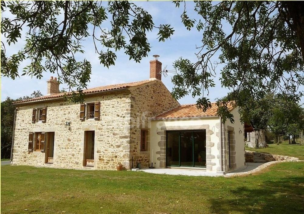 Saint-Étienne-du-Bois Vendée Haus Bild 3600166