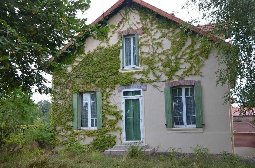 Saint-Éloy-les-Mines Puy-de-Dôme maison photo 3676239