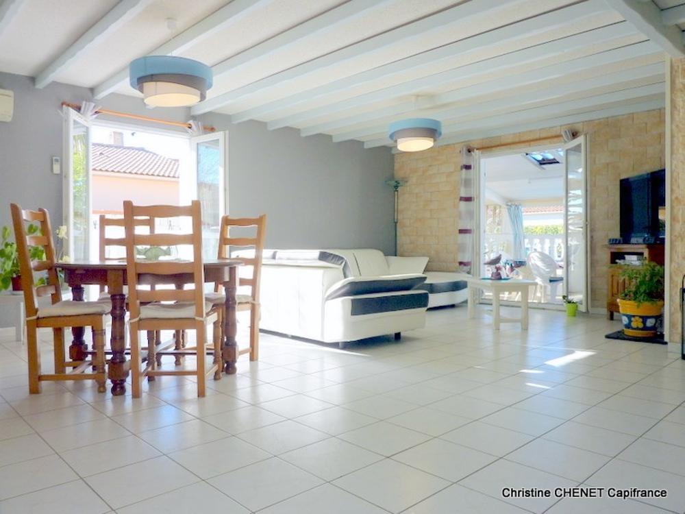 Aimargues Gard Haus Bild 3603011