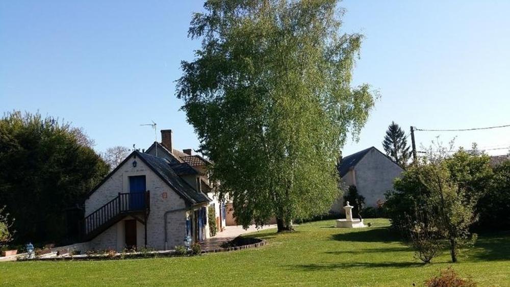 Voves Eure-et-Loir Bauernhof Bild 3552474