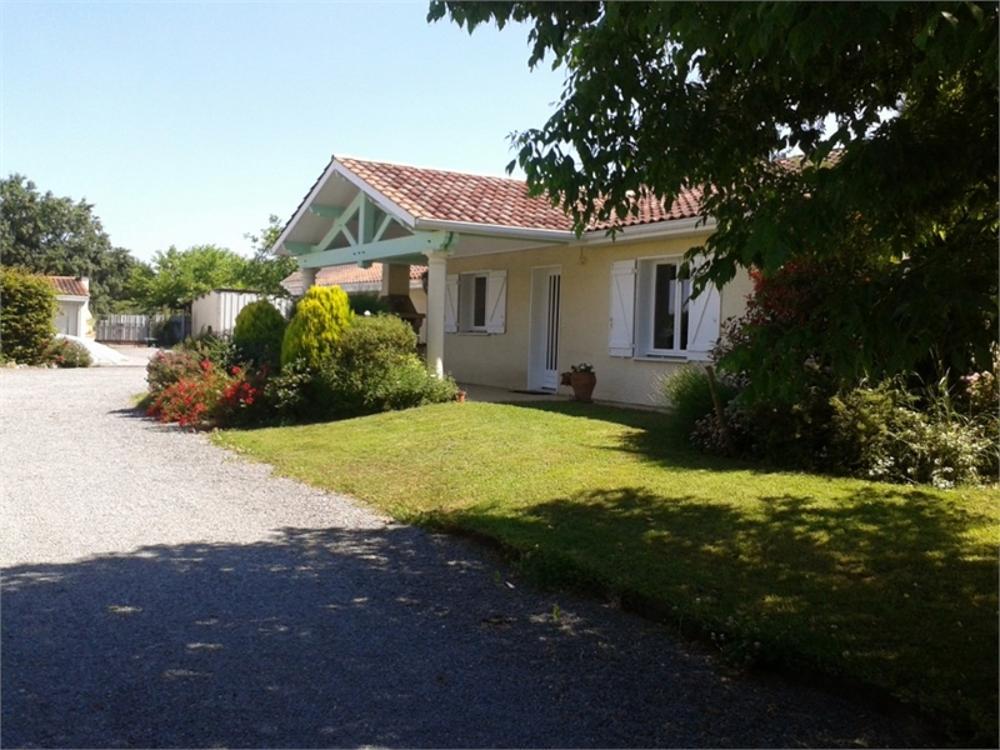 Les Artigues-de-Lussac Gironde huis foto 3624706