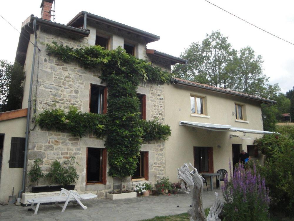 à vendre maison Saint-Pierre-la-Bourlhonne Auvergne 1
