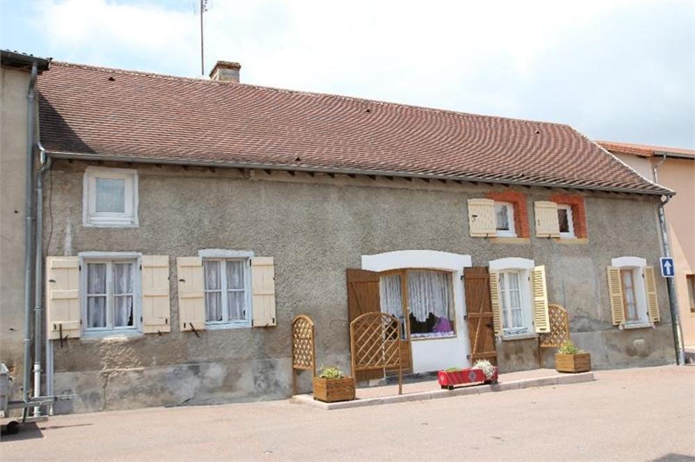 Céron Saône-et-Loire dorpshuis foto 3555009