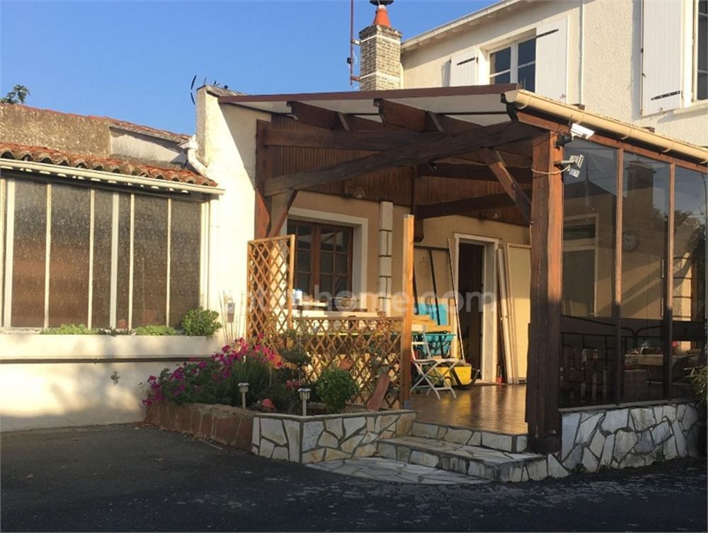 Luçon Vendée Stadthaus Bild 3624283