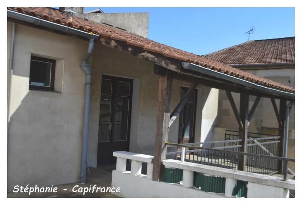 Miramont-de-Guyenne Lot-et-Garonne Stadthaus Bild 3549441