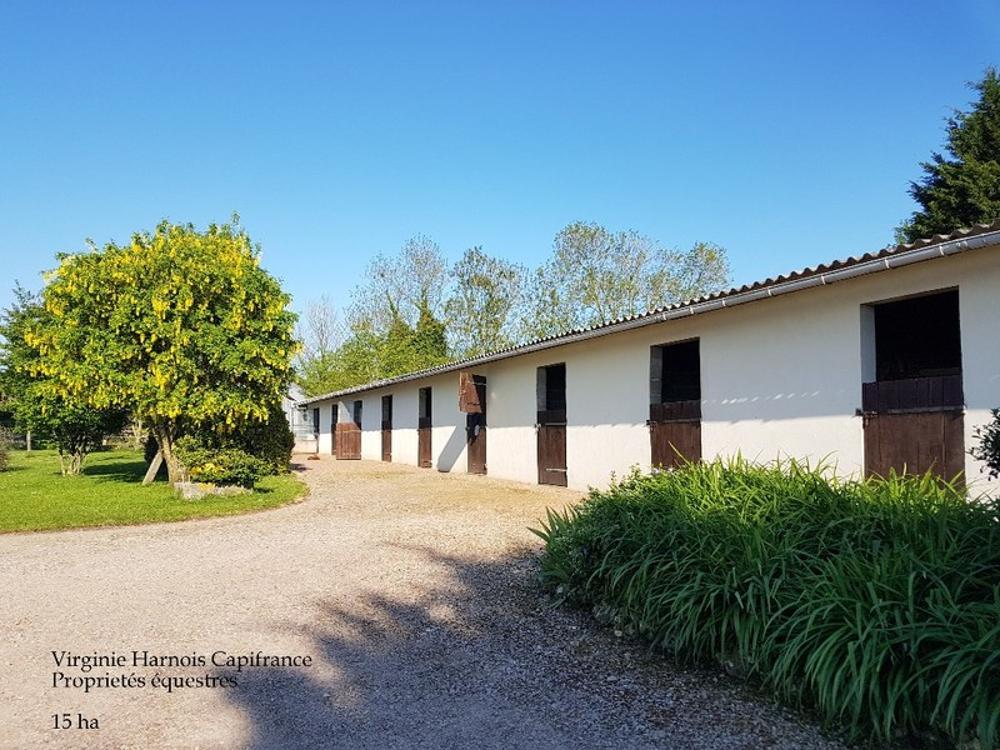 Livarot Calvados Haus Bild 3602208