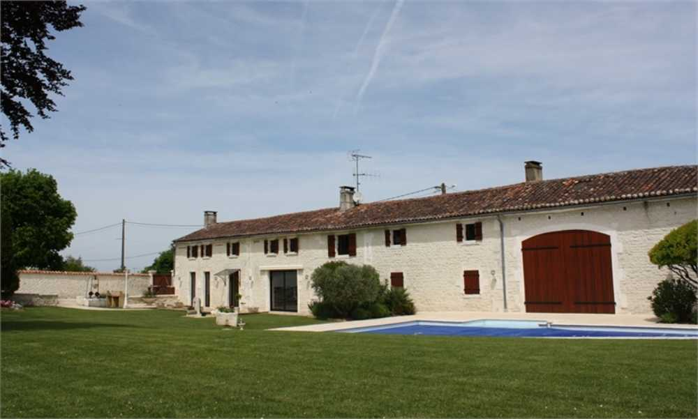 Cognac Charente Haus Bild 3849302