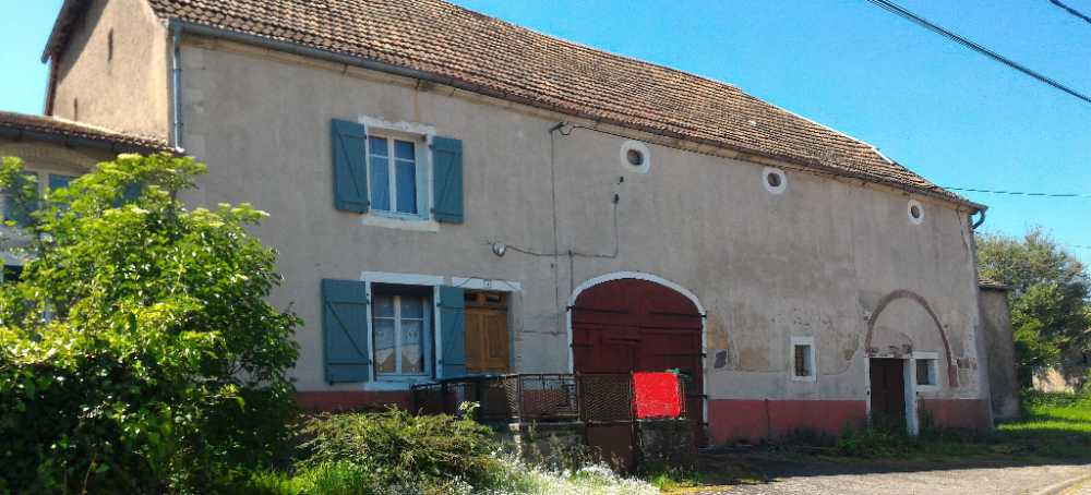 Luxeuil-les-Bains Haute-Saône maison photo 3878015