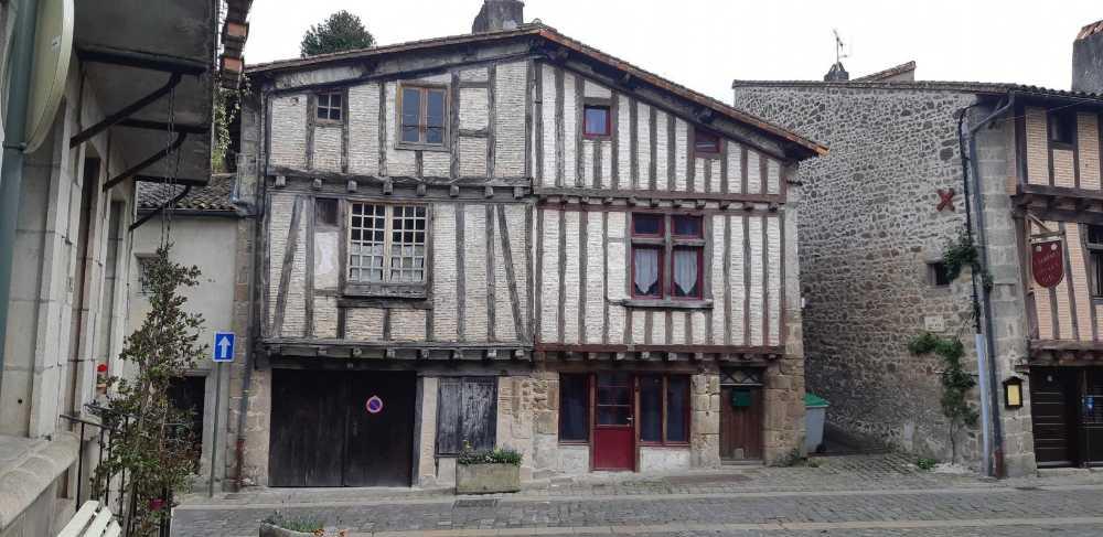 Parthenay Deux-Sèvres house picture 3863727