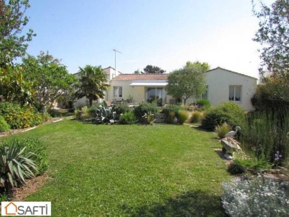 Les Essards Charente-Maritime Haus Bild 3799162