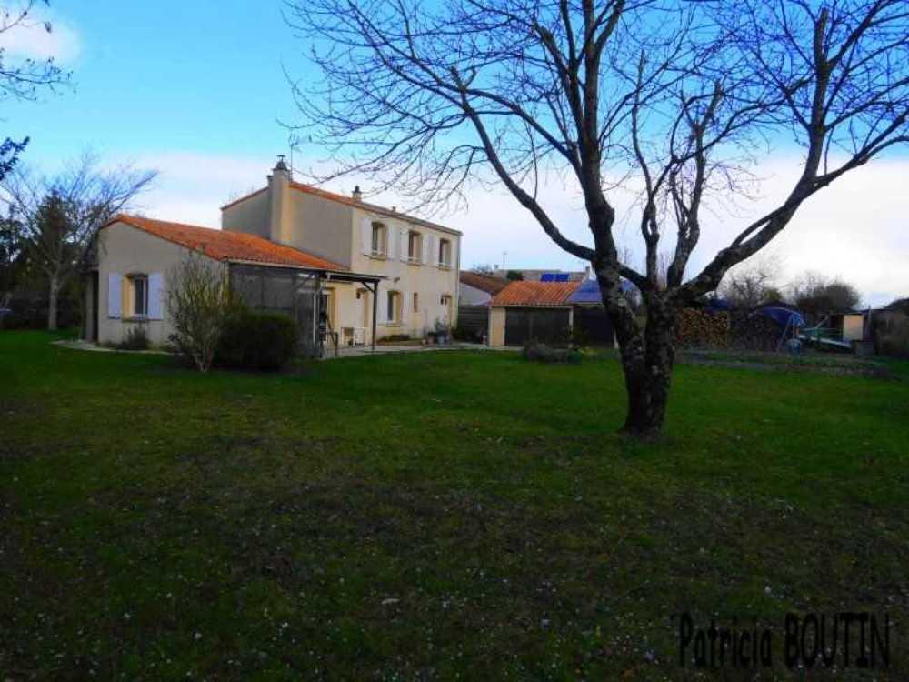 Coulon Deux-Sèvres Haus Bild 3800013