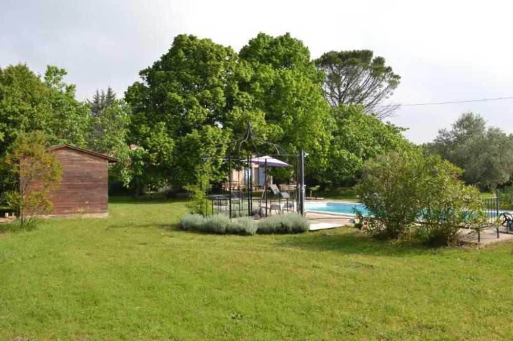 Moulès Bouches-du-Rhône huis foto 3798461