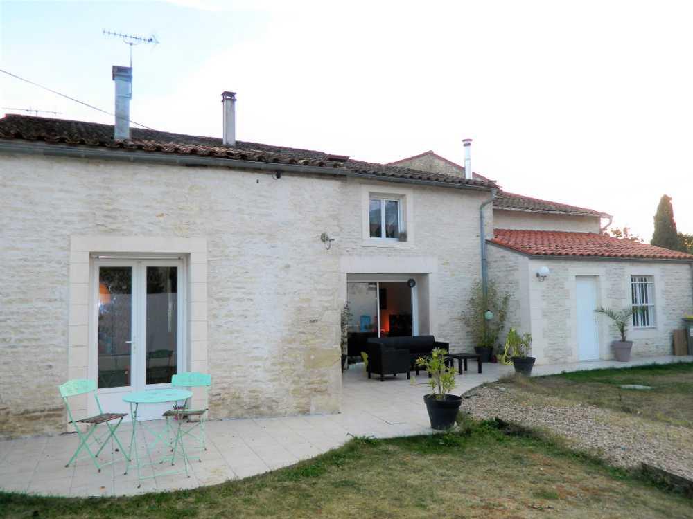Épannes Deux-Sèvres Haus Bild 3765346
