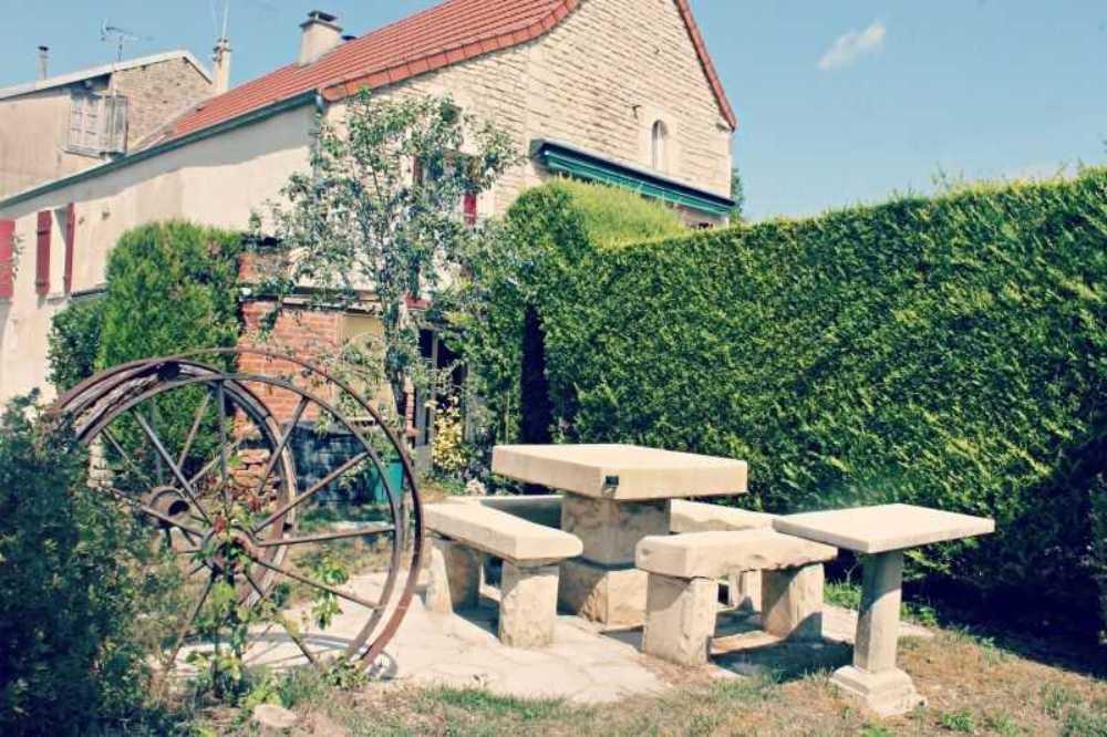 Lézinnes Yonne huis foto 3796881