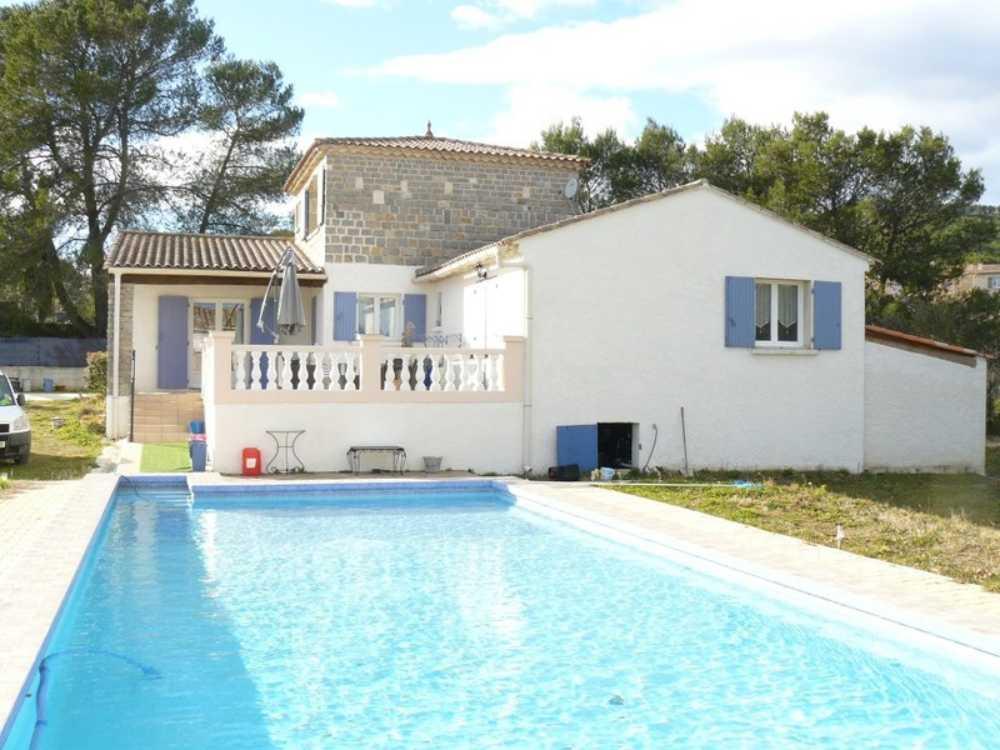 Cannes-et-Clairan Gard Bauernhof Bild 3863059