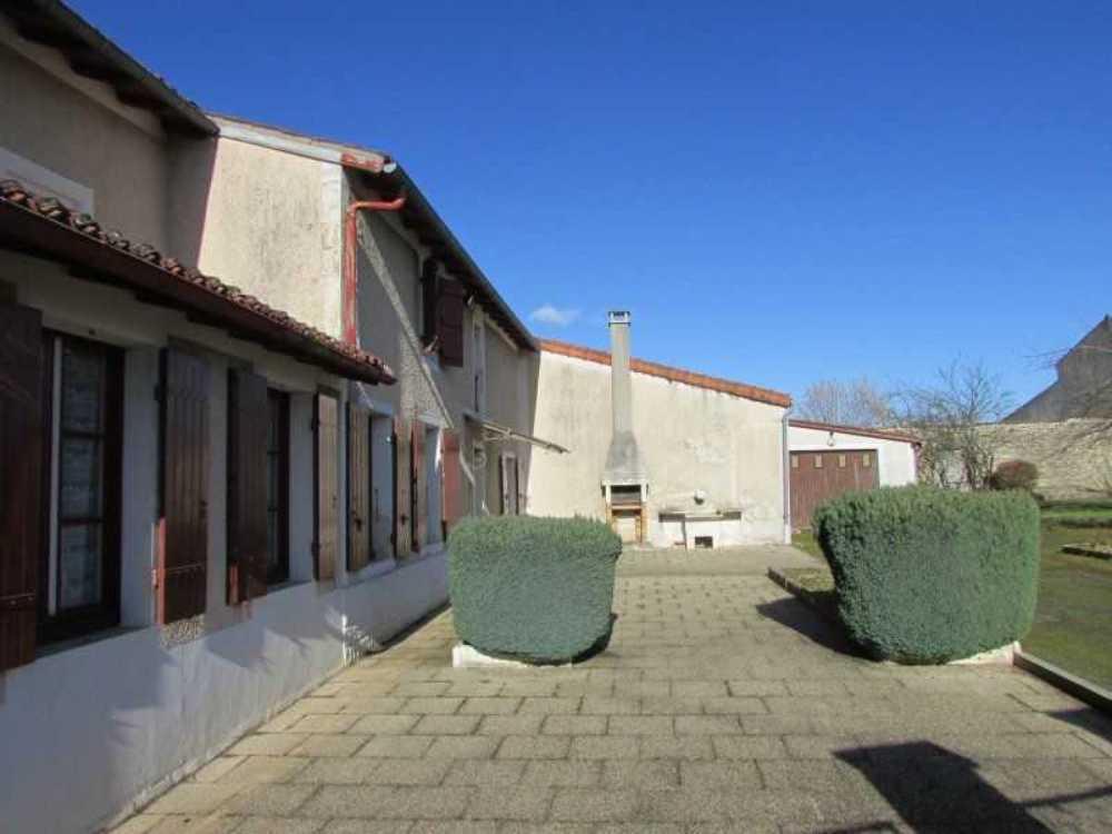 Asnières-la-Giraud Charente-Maritime Haus Bild 3794114