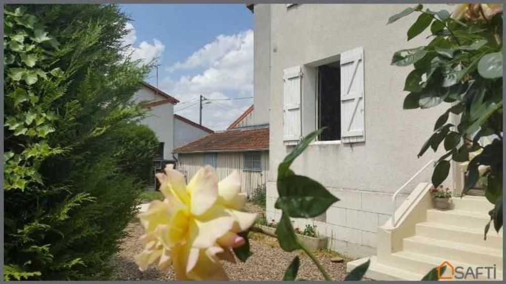 Civray-sur-Esves Indre-et-Loire huis foto 3798186