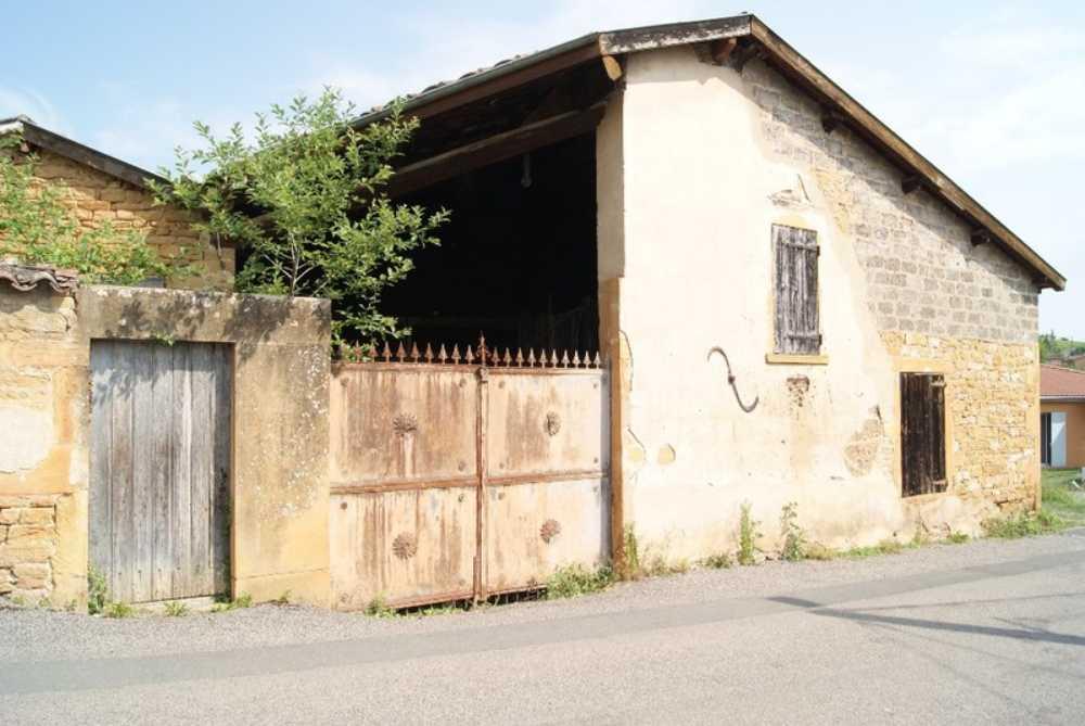 Villefranche-sur-Saône Rhône schuur foto 3834349