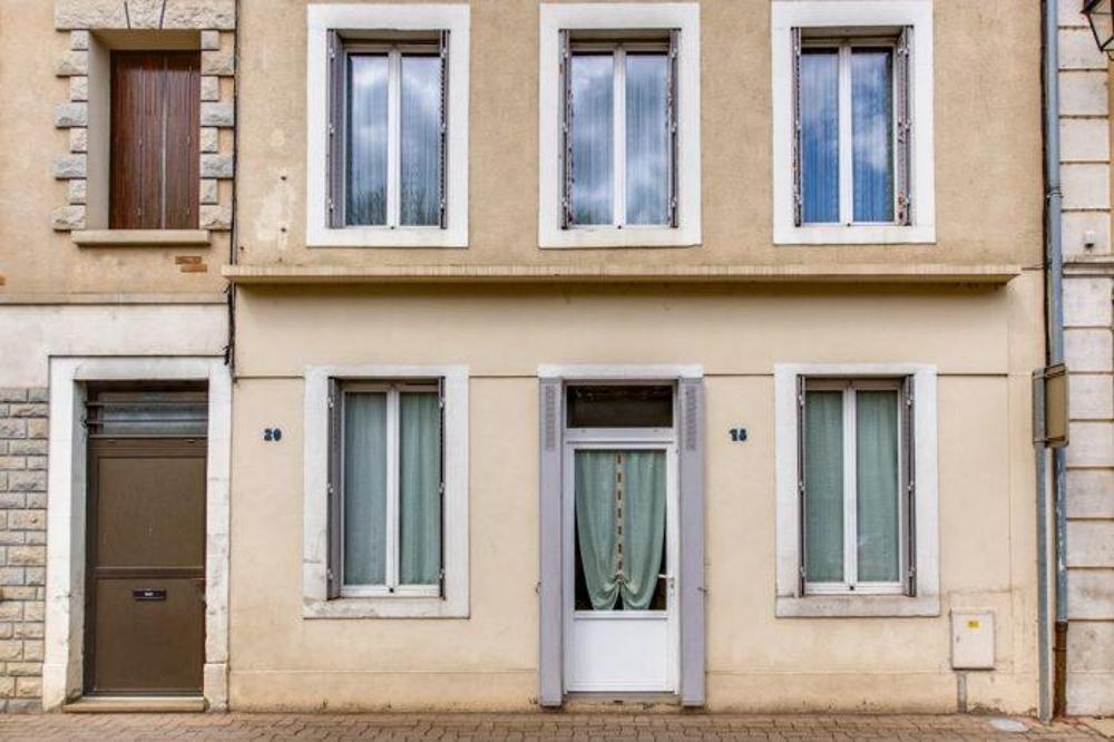 Saint-Amand-en-Puisaye Nièvre huis foto 3774592