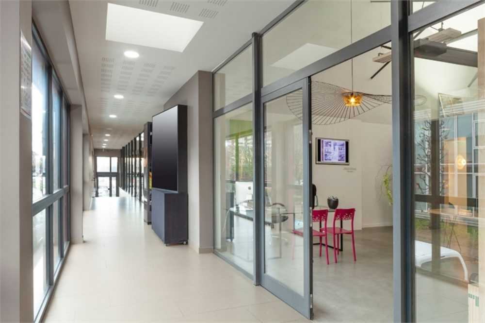 Besançon Doubs commercial picture 3870084