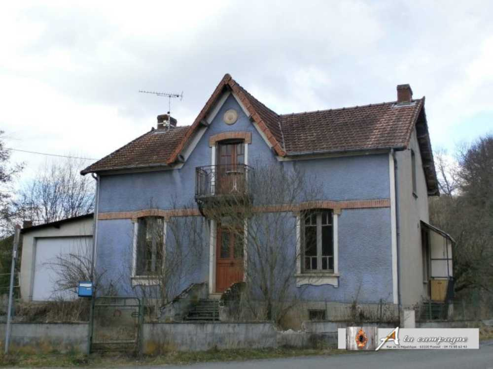 Saint-Éloy-les-Mines Puy-de-Dôme huis foto 3813010