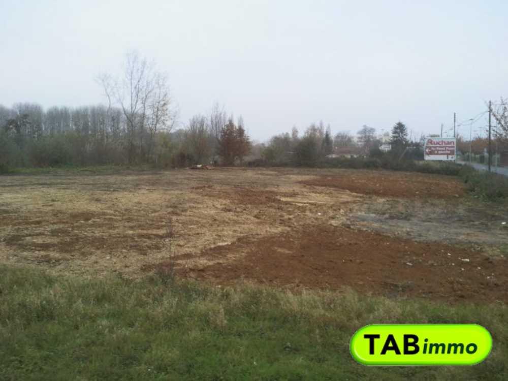 Noyon Oise terrain picture 3815789