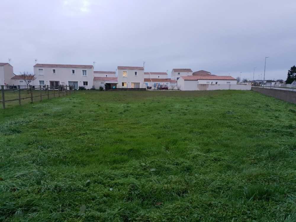 Surgères Charente-Maritime terrein foto 3837723