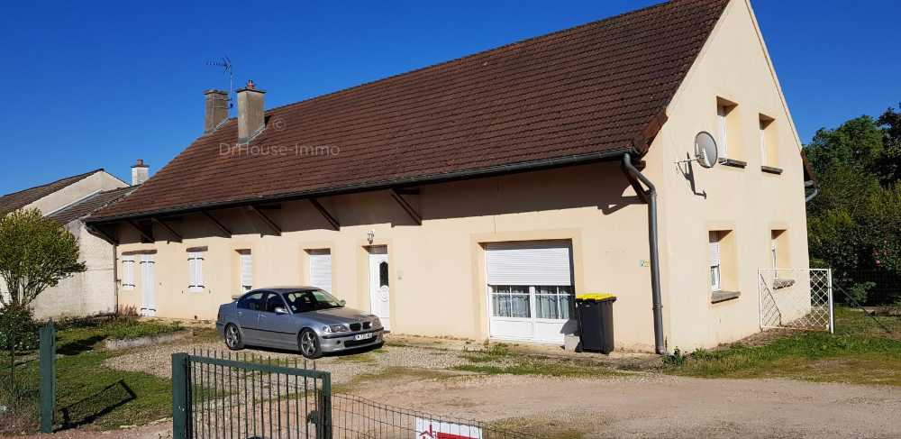 Sermesse Saône-et-Loire dorpshuis foto 3995757